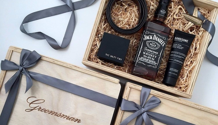7 Gift Ideas For Your Groomsmen