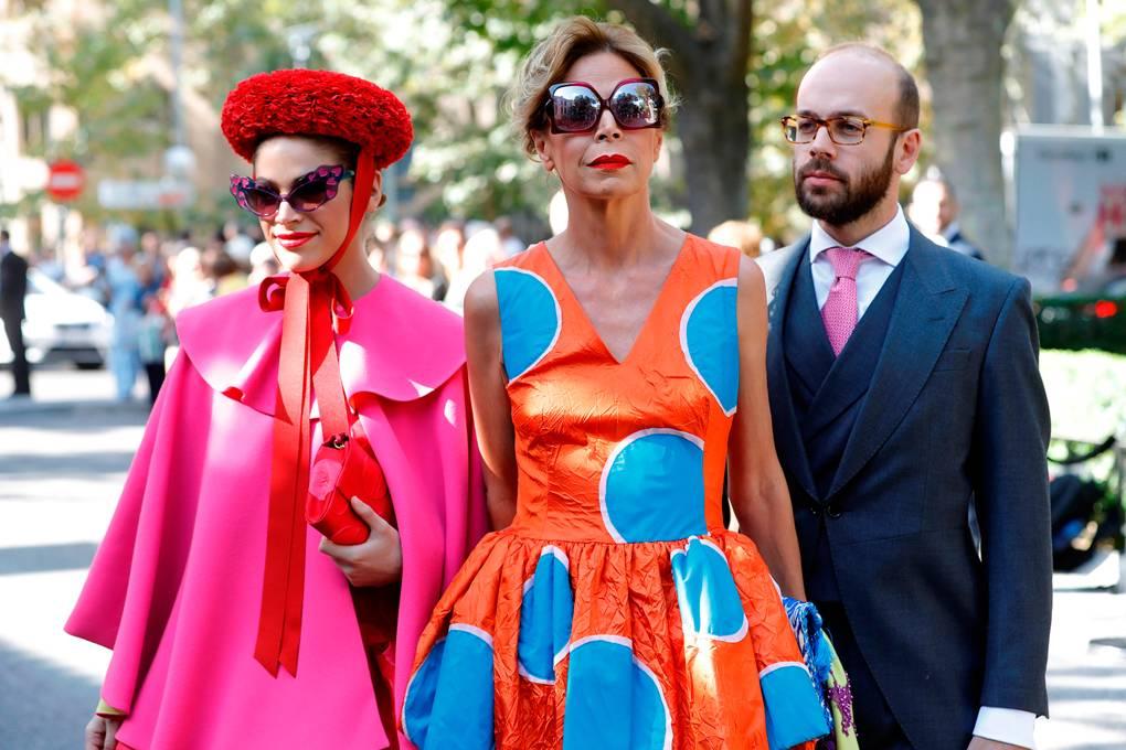 spanish-designer-agatha-ruiz-de-la-prada-c-and-her-children-cosima-ramirez-l-and-tristan-ramirez-_101818021838.jpg
