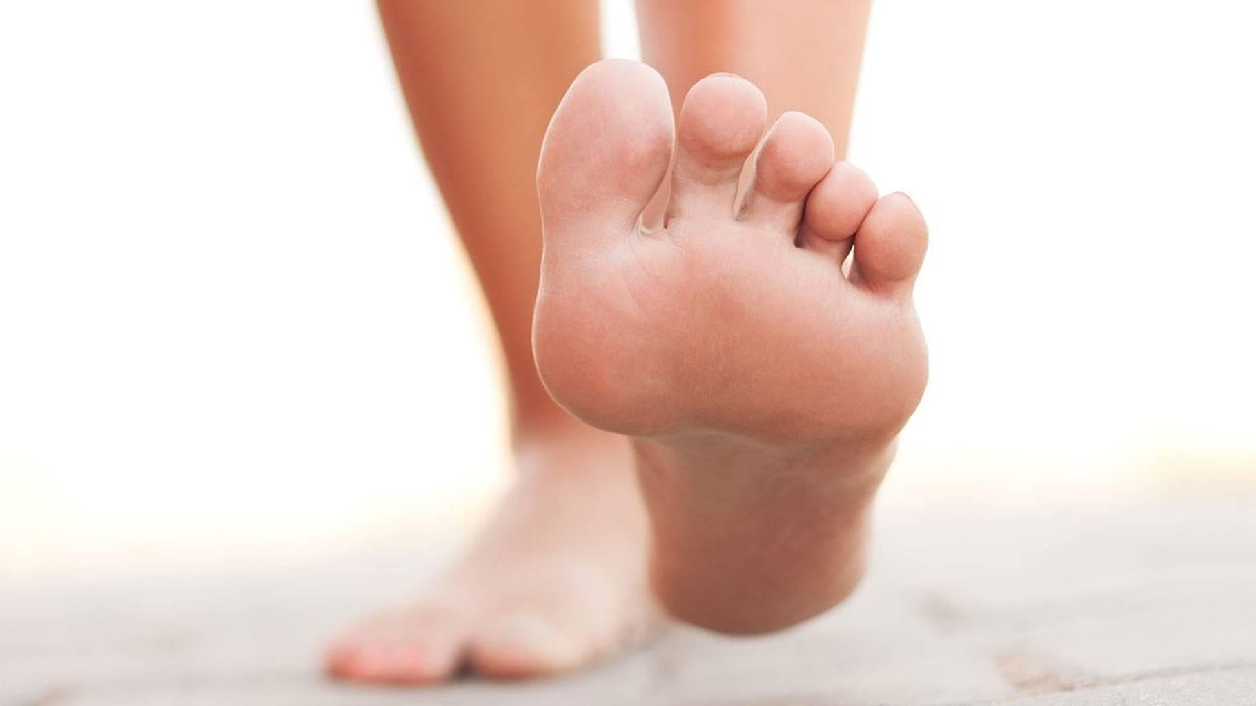 पैर देते हैं बीमारी का गंभीर इशारा, नजरअंदाज मत करना - How various diseases are reflected by changes in foot