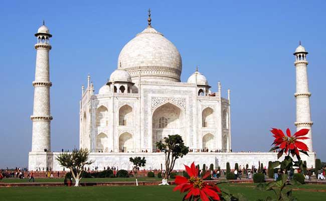 ताज महल, आगरा, योगी आदित्यनाथ