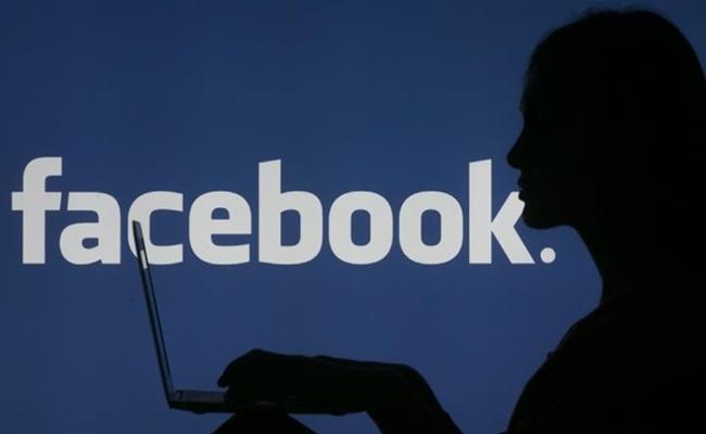 फेसबुक, सोशल मीडिया, आनंद महिन्द्रा, मार्क जकरबर्ग