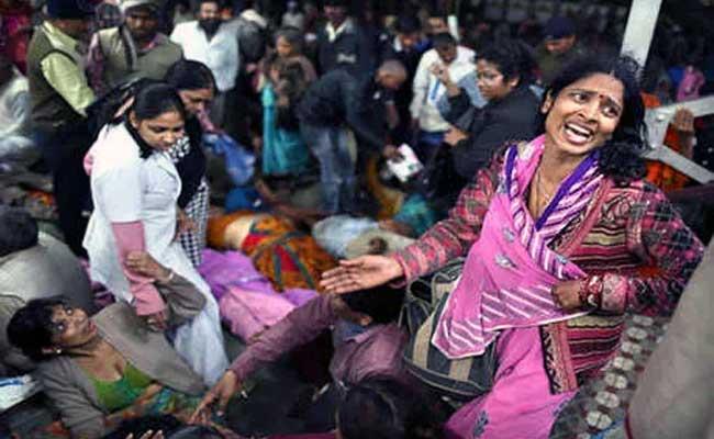 छठ पूजा, दिल्ली, प्रदूषण, यमुना, वायरल तस्वीरें