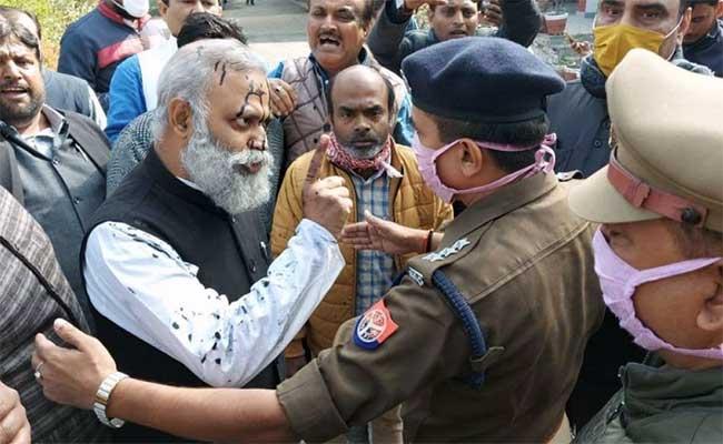 Somnath Bharti, Aam Aadmi Party, Arvind Kejriwal, UP, Yogi Adityanath, Chief Minister