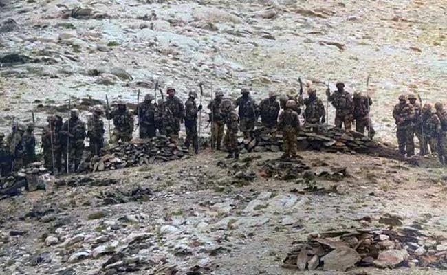 गलवान घाटी में भारतीय और चीनी सैनिकों के बीच हुई खूनी झड़प में 20 भारतीय जवान शहीद हो गए थे.
