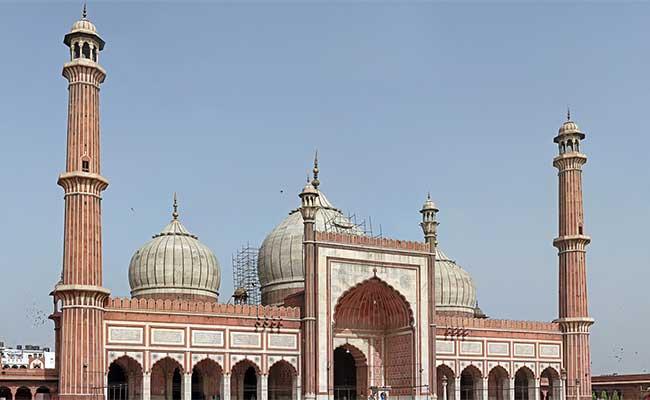 In Delhi Shahi Imam Ahmed Bukhari seeks PM Modi help in repair of world famous Jama Masjid writes letter
