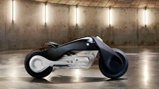 BMW ने पेश की कभी न गिरने वाली सुपर बाइक