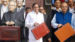 जानिए, बजट के पहले ब्रीफकेस के साथ वित्त मंत्री क्यों खिंचवाते हैं फोटो