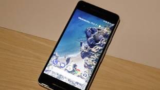 भारत के बाजार में बादशाहत पाने के लिए गूगल लाएगा सस्ता पिक्सल फोन!