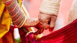 शादी भले ही 1 रुपए में हो, मगर वादा हुआ है मौज-मस्ती, एन्जॉयमेंट वही लाखों वाला होगा...