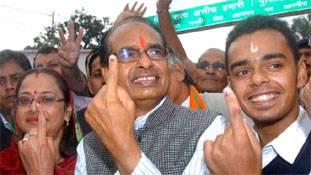 मध्यप्रदेश चुनाव: पुत्रमोह में धृतराष्ट्र बनते भाजपा-कांग्रेस के बड़े नेता