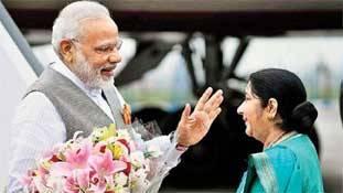 मध्य प्रदेश चुनाव के बीच सुषमा स्वराज ने 'हाफ-संन्यास' की घोषणा क्यों की?