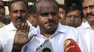 बीजेपी के लिए कुमारस्वामी बन सकते हैं 'कर्नाटक के नीतीश कुमार'
