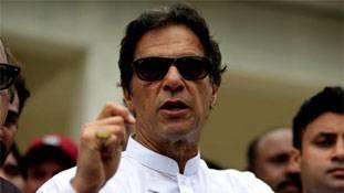 इमरान खान के कसीदे पढ़ने वाले शांति के कबूतर नहीं, भारत-विरोधी गिद्ध हैं!