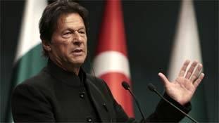 इमरान खान के अचानक 'चौकीदार' बन जाने के मायने...