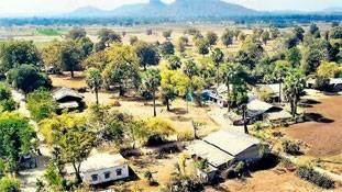 गुजरात में होते हुए भी यह गांव 23 अप्रैल को वोट नहीं दे पाएगा