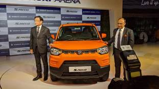 Maruti Suzuki S-Presso ने सस्ती कारों के बाजार काे उलट कर रख दिया है!