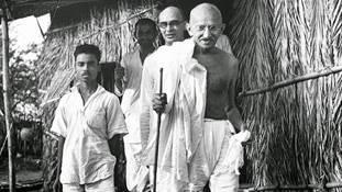 गांधीजी ना होते तो हमारा देश एक बड़े और कारगर हथियार से वंचित रह जाता !