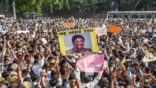 Delhi Police and Lawyers fight: भाजपा को टेंशन दे रहा है Kiran Bedi का पराक्रम!