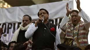 JNU-जामिया पर कांग्रेसी रुख 'मुद्दे' के लिए लोकप्रिय, सियासत के लिए नुकसानदेह!