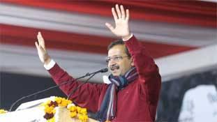 Kejriwal की देशभक्ति और हनुमान भक्ति का दिल्ली चुनाव से रिश्ता क्या?
