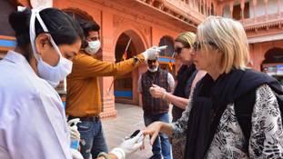 राजस्थान में कोरोना संक्रमित लोग खतरनाक खेल खेलते रहे, सरकार सोती रही