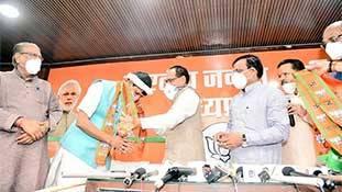 राजस्थान कांग्रेस संकट के बीच मध्यप्रदेश के कांग्रेसी विधायक भाजपाई बनने पर उतारू