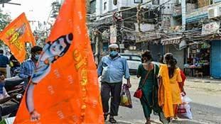 Uttar Pradesh में कम्युनिटी स्प्रेड की तरफ धर्म-जाति की सियासत का कोरोना