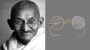 ब्रिटेन में नीलम हुए गांधी जी के चश्मे पर भारतीय प्रतिक्रियाएं...