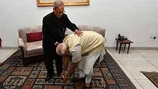 Pranab Mukherjee Death: एक कट्टर कांग्रेसी होने के बावजूद भी सबके प्रिय कैसे बने रहे प्रणब दा!
