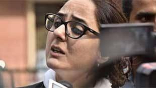 #Arrest_Deepika_Singh_Rajawat सोशल मीडिया पर इंटेलेक्चुअल बनने की कीमत है!