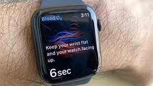 तकनीक ख़ुदा है और 'श्री गणेश' Apple की Apple Watch ने किया है!