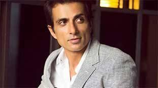 Sonu Sood upcoming movies: सोनू सूद की 'नेकी' का असर उनको मिल रहे फिल्मी प्रोजेक्ट में!
