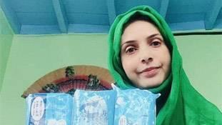 श्रीनगर की पैडवुमेन जो चुपचाप पब्लिक टॉयलेट में रख देती हैं पैड, ये कहानी कुछ सवाल करती है