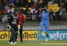 Wellington  New Zealand   Indias Hardik Pandya in action during the first T20I match between India and New Zealand at Westpac Stadium in Wellington  New Zealand on Feb 6  2019  Photo  Surjeet Yadav IANS