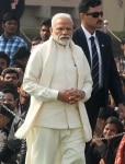 Narendra Modi clicked at the 71st death anniversary of Mahatma Gandhi