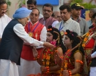 Vice President of India  Venkaiah Naidu and Indian Economist  Manmohan Singh clicked during dussehra celebrations