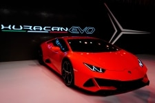 Lamborghini launches the New Lamborghini Huracan EVO