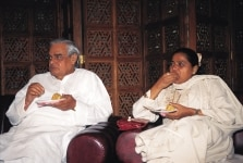 Atal Bihari Vajpayee and Mayawati at a meet