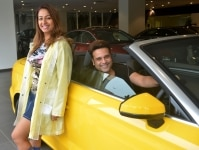 Krishna Abhishek and Kashmira Shah with new car