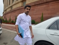 Gautam Gambhir arrives for first Parliament Session of the 17th Lok Sabha