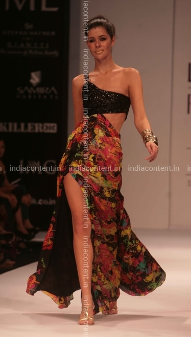 Buy Lakme Fashion Week Summer Pictures, Images, Photos By Nagesh