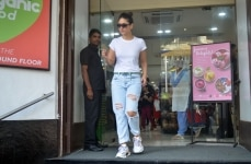 Kareena Kapoor Khan spotted at Bandra