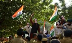 Abhiyaan Delhi NGO protest against Arvind kejriwal