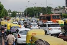 Traffic congestion due to rain in New Delhi
