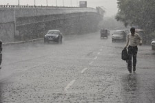 Heavy rainfall in Noida