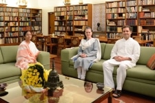 New Delhi  West Bengal Chief Minister and TMC supremo Mamata Banerjee meets Congress leaders Sonia Gandhi and Rahul Gandhi  in New Delhi on Aug 1  2018  Photo  IANS Congress