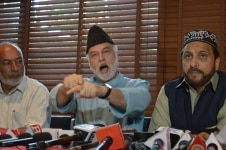 Srinagar  JKCSCC Deputy Grand Mufti  Nisar ul Islam and Awami National Conference president Muzafar Shah during a press conference regarding call for a state wide shutdown on August 27 to protest  onslaught  on Article 35A and Article 370  in Srinaga