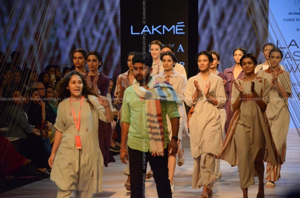 Buy Mumbai Fashion Designer Pallavi Dhyani At Lakme Fashion Week 2018 In Mumbai On Aug 23 2018 Photo Ians Pictures Images Photos By Ians Others Pictures