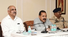 New Delhi  Union MoS PMO Jitendra Singh addresses students from Jammu and Kashmir  who are on Bharat Darshan tour  in New Delhi  on Aug 31  2018  Photo  IANS PIB
