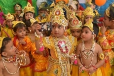 Ajmer  Children dressed up as Lord Krishna pose for a selfie during Janmashtami celebrations  in Ajmer on Sept 3  2018  Photo  Shaukat Ahmed IANS